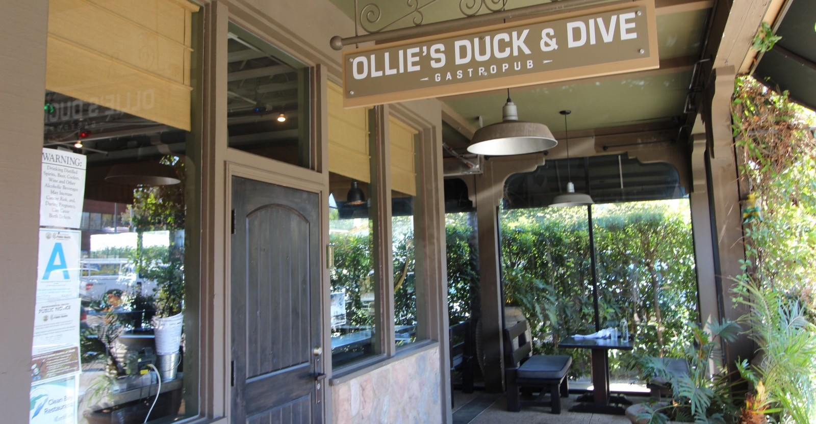 ollies-duck-n-dive_all-things-malibu