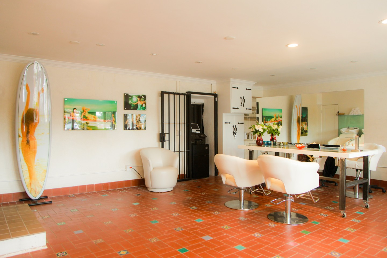 Glamifornia Style Lounge: Redefining